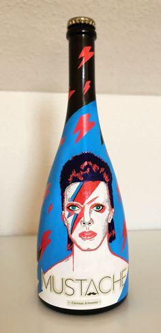 Botella de cerveza Bowie pintada a mano por Dokidoki Planet