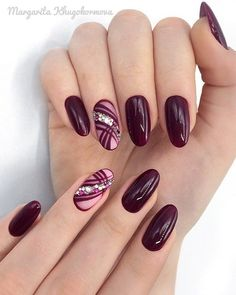 Semi-permanent varnish, false nails, patches: which manicure to choose? - My Nails Elegant Nails, Classy Nails, Stylish Nails, Sophisticated Nails, Chic Nails, Elegant Chic, Simple Nails, Classy Nail Designs, Acrylic Nail Designs