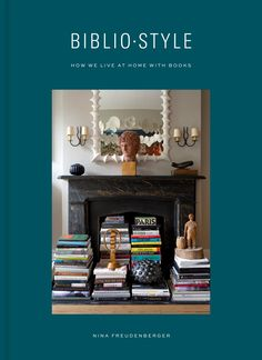 All the bookshelf inspiration you could ever need #bookshelf #shelfie #bookshelfinspiration Vigan, Built In Bookcase, Bookshelves, Bookcase Organization, Bookshelf Styling, Kitchen Organization, Ceiling Shelves, Classic Library, Create This Book