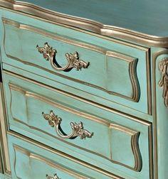 couleur vert de gris commode bois idée intérieur aménager couleur tendance