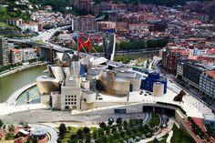 BILBAO BIZKAIA EUSKAL HERRIA / Pays Basque. Photo By Javier Larrea.