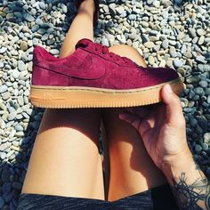 Sneakers femme - Nike Air Force One Low Suede (©celouuuuuuuu)