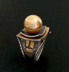 South Sea Pearl Ring ....Elaine Radner