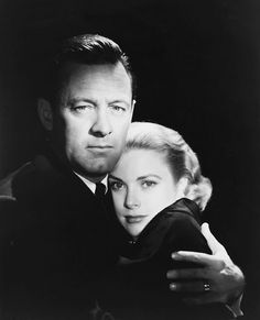 William Holden and Grace Kelly in a publicity photo for The Bridges at Toko-Ri (Mark Robson, Hollywood Actor, Golden Age Of Hollywood, Hollywood Glamour, Hollywood Stars, Classic Hollywood, Old Hollywood, Hollywood Icons, Hollywood Couples, Patricia Kelly