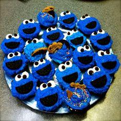 Cookie Monster Cupcakes III