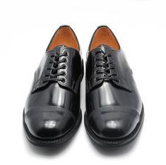 UPPER : Polished LeatherSOLE : Itshide Studded Rubber/Block HeelPROCESS : Goodyear WeltCOLOUR : Black*サンダースミリタリー