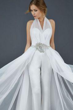 Originalidade em 30 look's de noiva diferentes: deixem a tradição de lado e sejam vocês mesmas! Image: 6