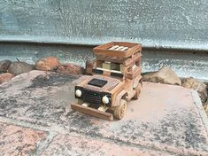 Picture Toy Art, Wood Watch, Wooden Toys, Pictures, Wood Toys, Photos, Wooden Clock, Woodworking Toys
