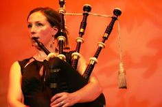 As an intermediate piper....my only goal is to be a wee Julie! ;-;