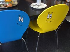 "My ""Barbapapa-eye"" stickers turn every single coloured object into a Barbapapa!"