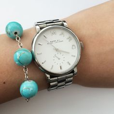 Delicate turquoise bead bracelet by Angélica