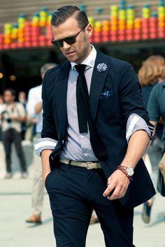 M | Blue Marine Suit & Rays