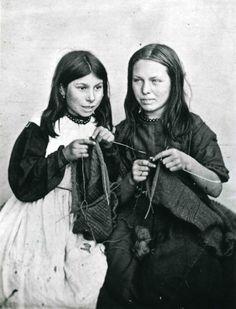 Two young Polperro girls, Mary Jane Langmaid and Elizabeth Jolliff knitting