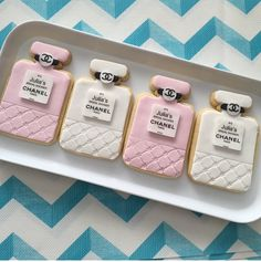 Fabulous chanel cookies by sweet cheeks cakes and cookies.