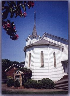 Soddy UMC Soddy-Daisy, TN, this is where I went to church as a little girl with my Granny! I can't believe that I found this on Pinterest! WOW
