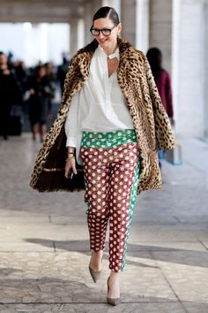 #JennaLyons slaying it in that polka print pants meets leo number. outside R. Zoe. #NYFW