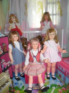 Pin By Michelle Conard On When I Was 5 Dolls Antique