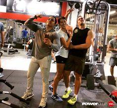 #Repost @eballes @powerclubpanama  Porque estar en forma significa mucho mas que perder unos kilos..my  fitness crew !! no pain no gain  #YoEntrenoEnPowerClub  #friends #fitness #gym #muscle #bodybuilding #crewlife #fit #instafitness #justdoit