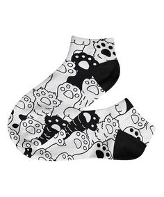 Another great find on #zulily! Black & White Paws Ankle Socks #zulilyfinds