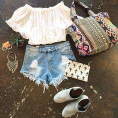 常夏ハワイのロコガールだって、流行を取り入れたおしゃれをちゃんと研究しているんです! Stitch Fix, Denim Shorts, Detail, Hawaii, Women, Fashion, Moda, Fashion Styles, Hawaiian Islands