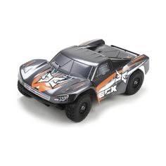 This cool RC Truck features a brushless engine a top speed of 40 mph and the Traxxas link system! Slash 4x4, Traxxas Slash, Truck Scales, Rc Cars And Trucks, Short Courses, Radio Control, Fun