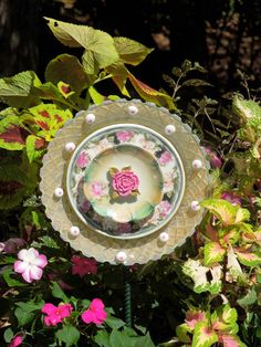 Garden Art Sun Catcher Garden Glass Plate Flower #omnivorus.com