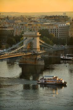 Emoi's passion for Budapest! ♥