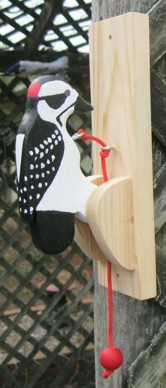 Downy woodpecker door knocker. by NatureWoodcraft on Etsy #woodworkingschool