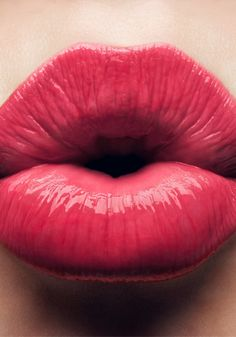 Click for everything you need to know for perfectly kissable lips!