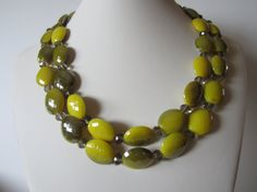 Yellow and Grey double strand necklace with acrylic two tone beads and faceted grey beads. Necklace is 18 first strand, 19 second strand, plus 3 chain extender. beautiful earrings are 1 long. Holiday Jewelry, Summer Jewelry, Simple Jewelry, Beaded Jewelry, Beaded Bracelets, Necklaces, Rustic Wedding Jewelry, Neck Piece, Strand Necklace