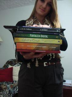 Tem post novo no blog! Tag: Arco-Íris Literário: http://blogcoisaetal.blogspot.com.br/2013/07/tag-arco-iris-literario.html Mais um vídeo e eu estou esperando todo mundo lá!