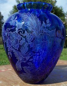 Elegant Cobalt Blue Vase Etched Hummingbird Amazing Detail Signed s Conrad 2006   eBay