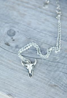 DESPERADO SKULL NECKLACE - Junk GYpSy co.