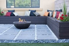 Great contemporary patio with L shaped bench, propane fire pit with the propane tank hidden in the bench. Fire Pit Backyard, Backyard Patio, Backyard Landscaping, Landscaping Design, Sloped Backyard, Outdoor Fire, Outdoor Living, Outdoor Pool, L Shaped Bench