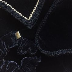 #black #velvet #gold #sleep #sleepmask #scrunchie #travel #accessories #hair #luxury #minmote #oslo #kampen #tøyen #grønland #grünerløkka #madeinoslo #handmade #emiliethwin Sleep Mask, Handmade Accessories, Oslo, Scrunchies, Dog Tag Necklace, Velvet, Studio, Luxury, Diamond
