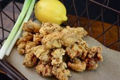 New Orleans Fried Oysters Creole Recipes, Cajun Recipes, Fish Recipes, Seafood Recipes, Appetizer Recipes, Cooking Recipes, Appetizers, Recipies, Fish Dishes