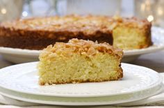 Tosca kake (in Norwegian) Afternoon Snacks, Cornbread, Vanilla Cake, Tea Time, Cake Recipes, Biscuits, Yummy Food, Cookies, Baking