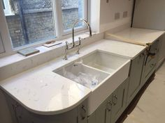 We installed this Carrera Quartz in Hatfield this week. This is a white stone worktop with subtle marbling throughout. View the product: Carrera Get a quote: Quote me Quartz Rock, Marble Quartz, White Quartz, Sage Kitchen, Green Kitchen, Kitchen Worktop, Kitchen Countertops, Carara Marble, White Stone