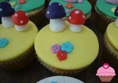 Cupcakes de Alice no país das maravilhas