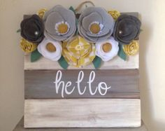 Hello white wood sign with colorful felt by Chicboutiquebycm