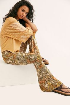 The Janis Printed Bells - Handmade - Printed Bell Bottoms - Retro Inspired - Peach Geo Paisley - Statement Pants - Going Out - Super Flare Silhouette - Elastic Waist Bohemian Mode, Bohemian Chic Fashion, Pastel Fashion, 80s Fashion, Fasion, Summer Outfits, Casual Outfits, Gypsy Skirt, Womens Fashion Sneakers
