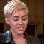 Miley Cyrus Bangerz Tour: Art Education + Giant Hot Dogs [PHOTOS]