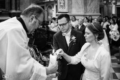 Hochzeit Stift Klosterneuburg - Roland Sulzer Fotografie - Blog Kirchen, Petra, Couple Photos, Couples, Blog, Church Weddings, Worship Service, Wedding Photography, Newlyweds