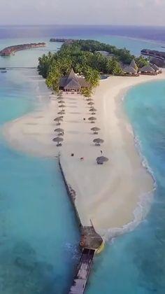 Vacation Places, Dream Vacations, Vacation Spots, Honeymoon Vacations, Weekend Vacations, Beautiful Places To Travel, Beautiful Beaches, Cool Places To Visit, Beautiful Islands
