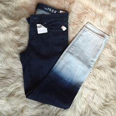 Gap Always Skinny ombré jeans NWT Gap always skinny jeans in a dipped ombré wash! GAP Jeans Skinny