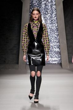 Ashley Williams - Autumn/Winter 2015-16 Ready-To-Wear - LFW (Vogue.co.uk)