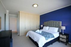 804 The Bay - Fall asleep and wake up to the sound waves in this luxurious self-catering apartment, situated in Blouberg.  It is only a stone's throw away from the beach with beautiful views of Table Mountain and ... #weekendgetaways #bloubergstrand #southafrica