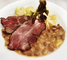 Denné menu Vranov | Údené pečené pliecko s fazuľovým prívarkom, varené zemiaky - reštaurácia Hotel Patriot*** #hotel #restauracia #dennemenu