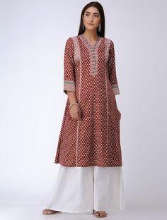 Red Bagh Printed Paneled Cotton Kurta Printed Kurti Designs, Churidar Designs, Kurta Designs Women, Ikkat Dresses, Dresses Dresses, Indian Dresses, Fashion Dresses, Stylish Kurtis Design, Sari Dress