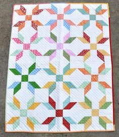 Rose in a Square Baby Quilt - free block pattern @ Pleasant Home
